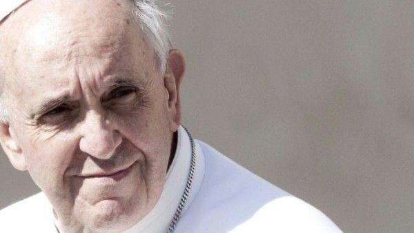 Papież Franciszek modli się za Ukrainę