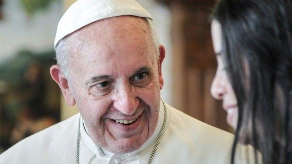 Papież: towarzyszyć a nie potępiać ludzi rozwiedzionych