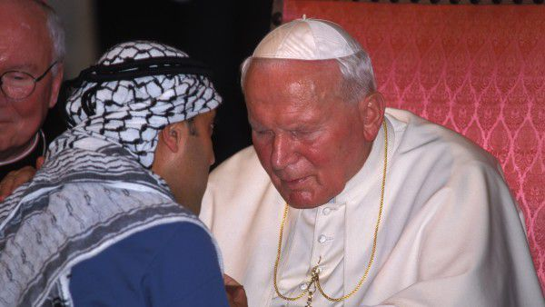 World Youth Days in Paris Pope John Paul II with a Palestinian -B