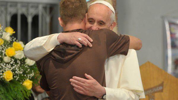 Papież Franciszek. Mistrz gestów