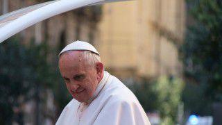 Franciszek: zadaniem Kościoła jest służba życiu ikomunii