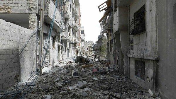 1200px-Destruction_in_Homs_(4)
