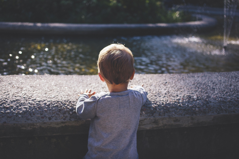 boy_at_a_fountain