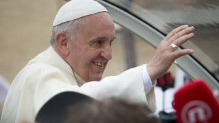 Papież powierzył nieletnich migrantów opiece Świętej Rodziny