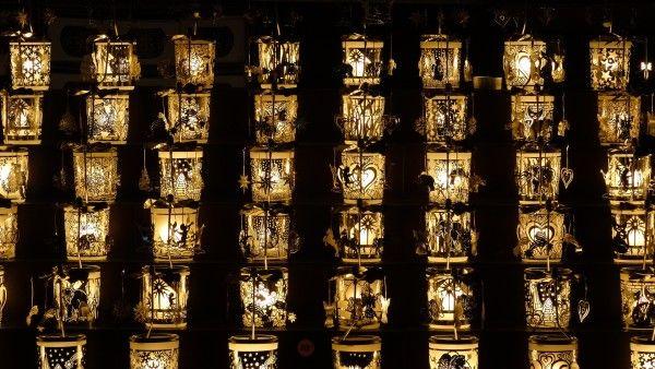 tea-lights-1916976_1920