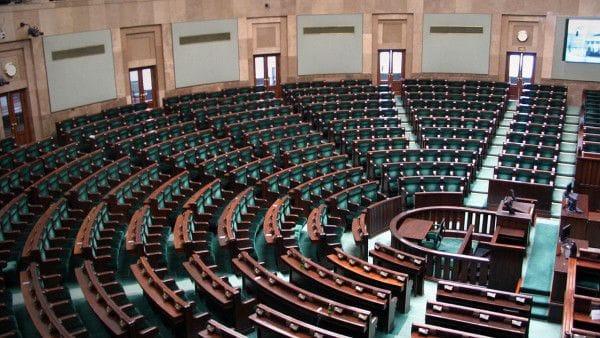 Abp Hoser zachęca do poparcia projektu zakazu aborcji
