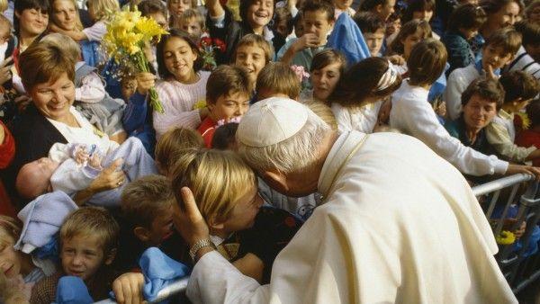 Abp Mokrzycki: chciałem pokazać prawdziwy obraz papieża