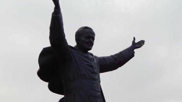 Abp Mokrzycki: Jan Paweł II pokazał wkraczanie w świętość