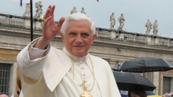 Benedykt XVI weźmie udział w kanonizacji swych poprzedników?