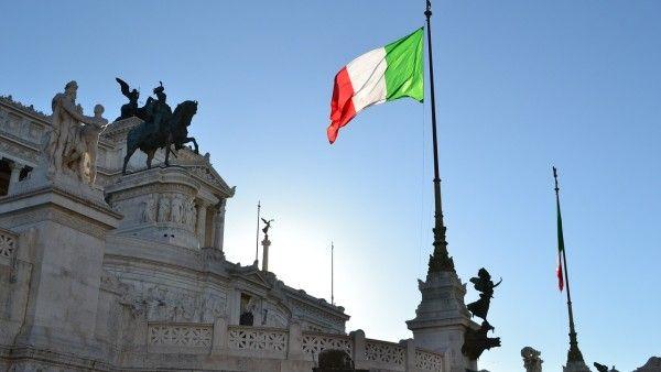 CBOS: najbardziej lubimy Włochów, spada sympatia dla Rosjan