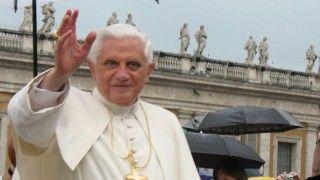 Abp Gänswein: Benedykt XVI ma się dobrze!