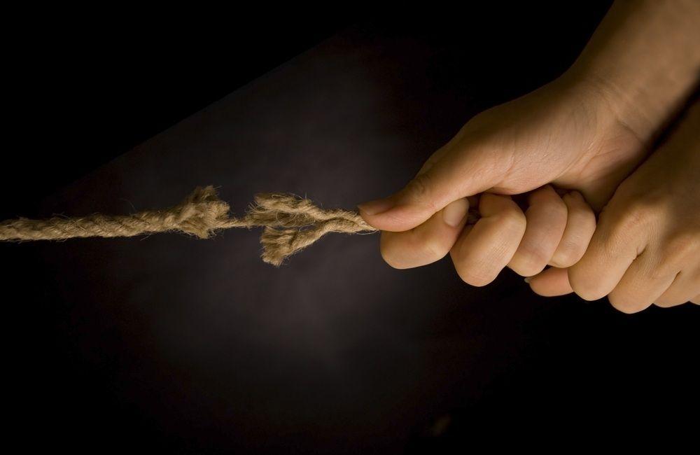 Dwie strony życia: Utracone zaufanie iserce twardziela