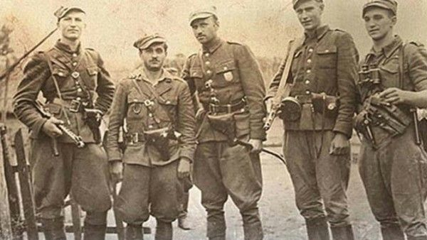 """Dzień Pamięci """"Żołnierzy Wyklętych"""" w polskich miastach"""