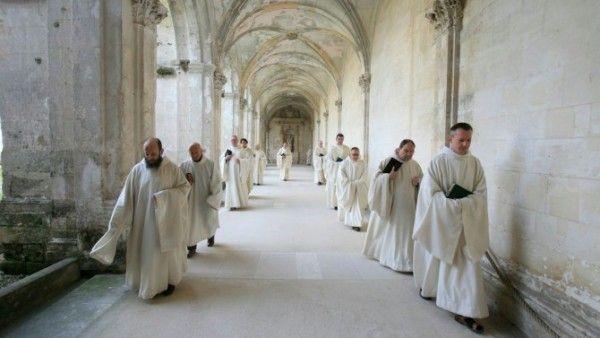 Franciszek do Polaków: módlcie się za zakonników