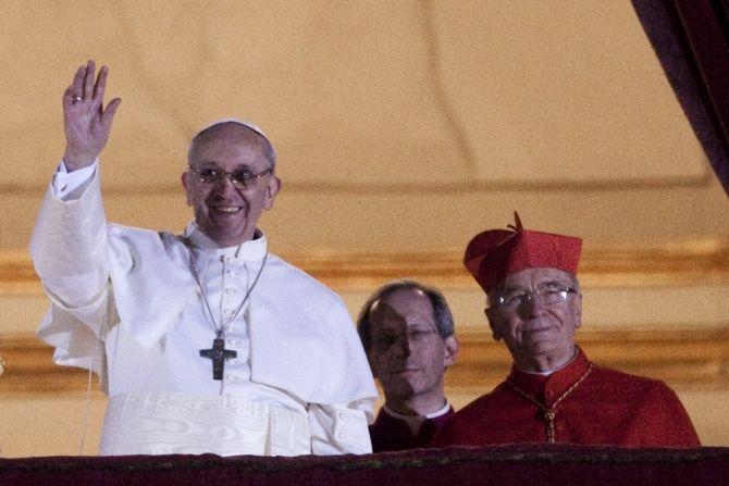 Franciszek zkrańca świata