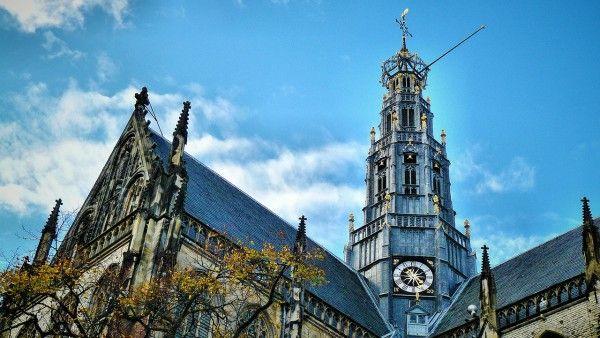 Holandia: kardynał o przyszłości bez kościołów