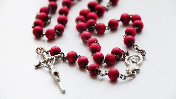 Jak modlić się Nowenną Pompejańską