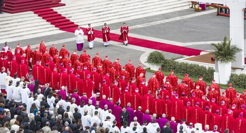 Kardynał – najbliżej papieża