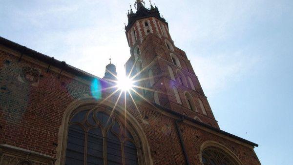 Kościół jedną z najlepiej ocenianych instytucji w Polsce