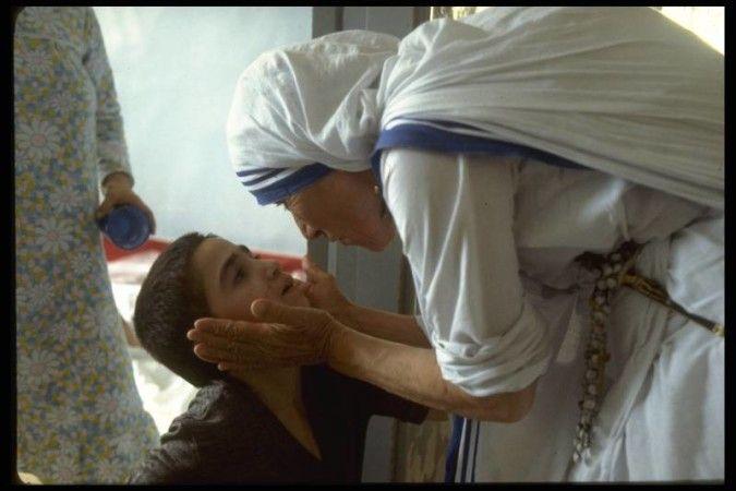 Matka Teresa. Ukryty ogień
