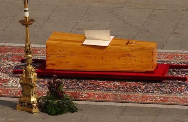 Msza Św. dziękczynna zakanonizację Jana Pawła II