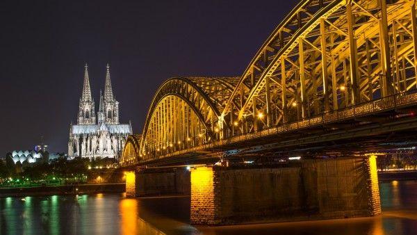 Niemcy: rekordowe wpływy z podatków na Kościoły