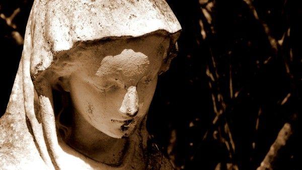 Objawienia w Heede, Banneux i Beauraing. Maryja ostrzega przed wojną