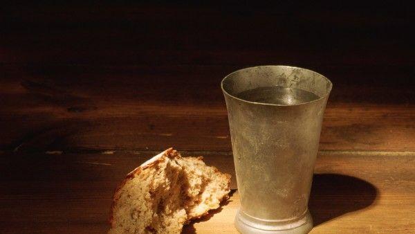 Od suchego chleba po surowe mięso