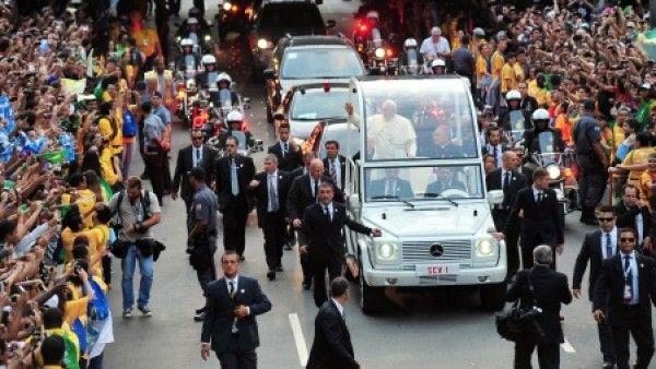 Papież bez bagażu