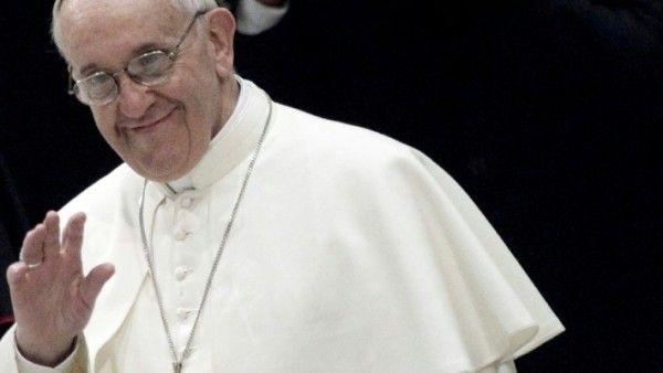 Papież do Polaków: dziękujmy Bogu i rodzicom za dar życia