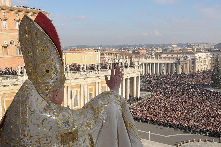 Papież naprogu nieba