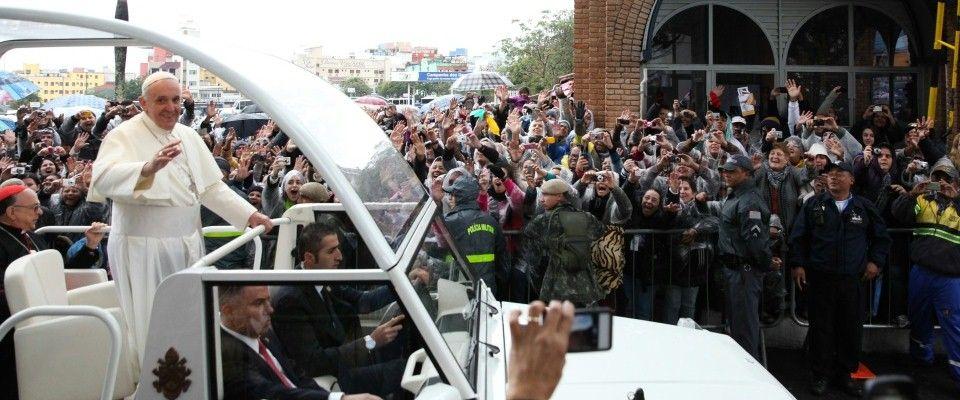 Papież pisze, media manipulują
