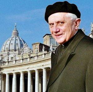 Papież - wcielenie elegancji