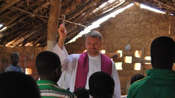 Polski misjonarz uwolniony