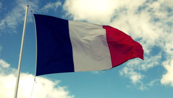 Premier Francji: udaremniono 5 ataków terrorystycznych