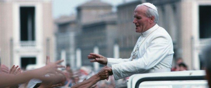 Problem zkanonizacją. Mójświęty Jan Paweł II