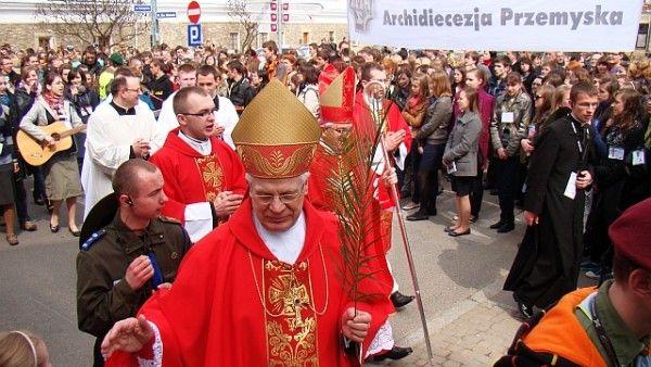 Przepraszam za arcybiskupa