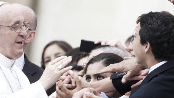 Rzym: kard. Kasper zaprezentował książkę o teologii papieża Franciszka