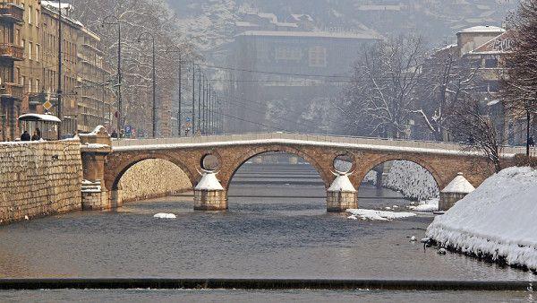 Sarajewo: Kościół czeka na papieża