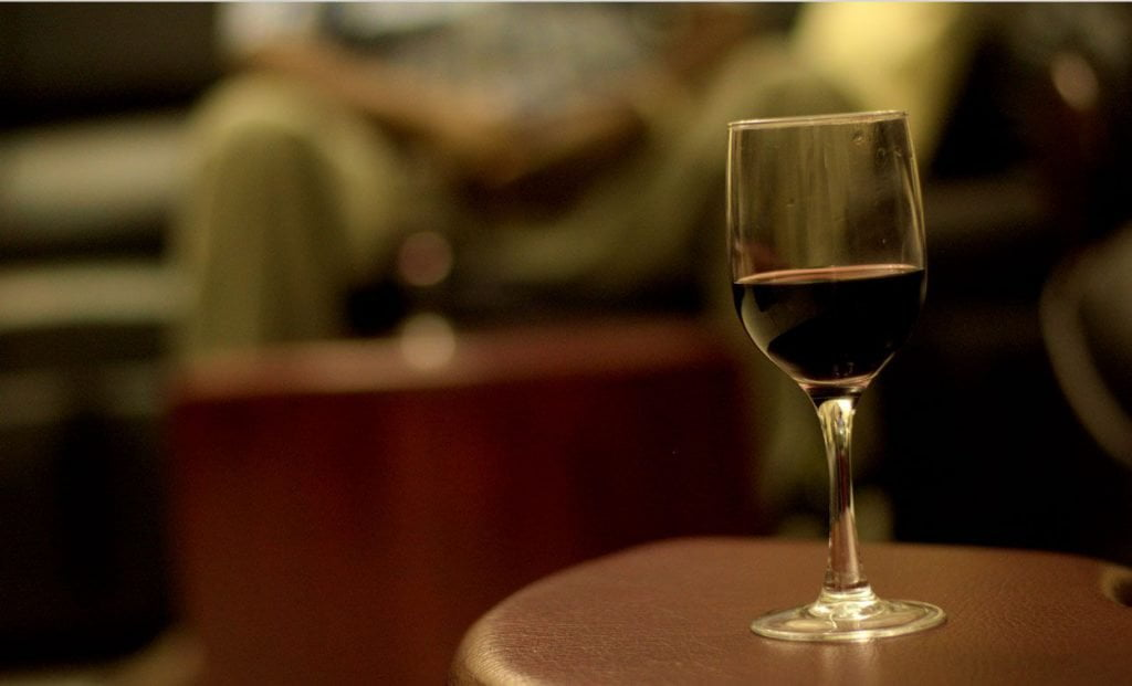 Scena 19: Zabrakło wina
