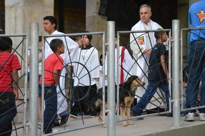 Szymon Hołownia wrozmowie zkardynałem Oscarem Maradiagą, doradcą papieża