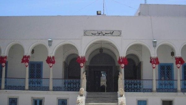 Tunezja: policja zastrzeliła zamachowców