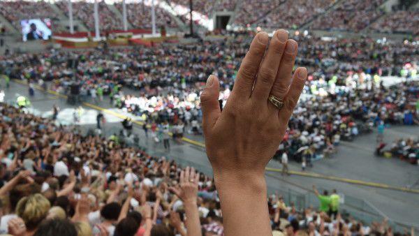 Bashobora na Stadionie. Uwielbienie na całego!