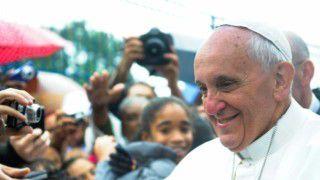 Papież odwiedził więźniów wMediolanie