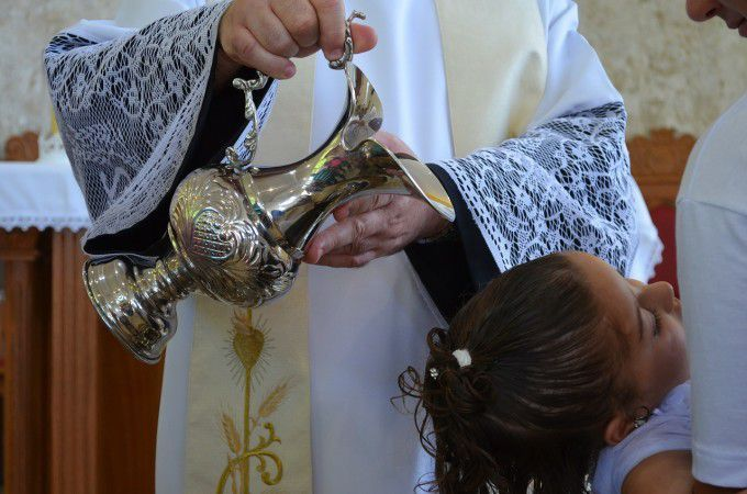baptism-577957_1280