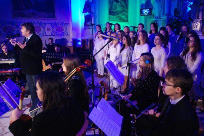 Koncert Uwielbienia wMajdanie Królewskim (17)