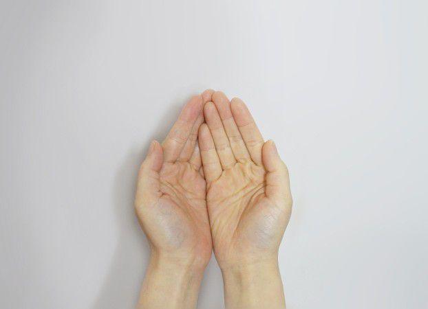 hand-506754_1920