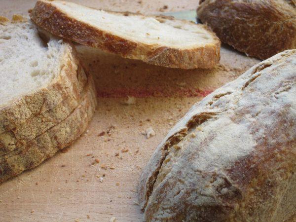bread-735066_1920