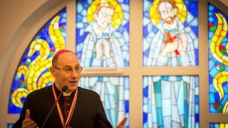Prymas Polski: Kościół, którysię zamyka, choruje