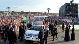 Franciszek pozdrowił młodych całego świata